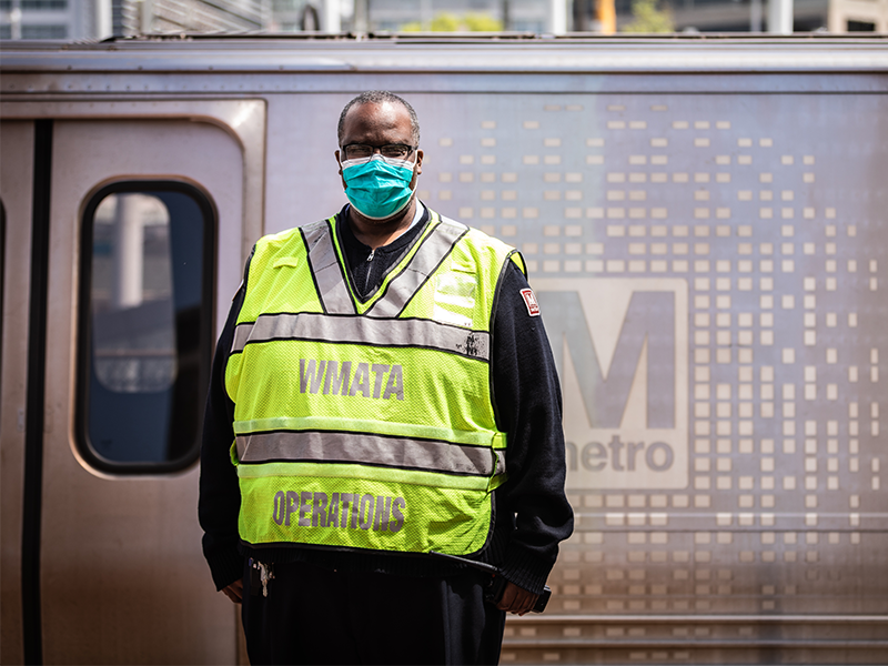 Metrorail Operator face mask station 7000 required